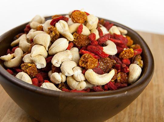 Quả anh đào đất golden berries sấy raw organic Sunfood 227g